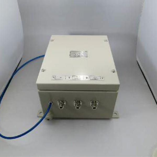 FVU帯2:1不等分配器